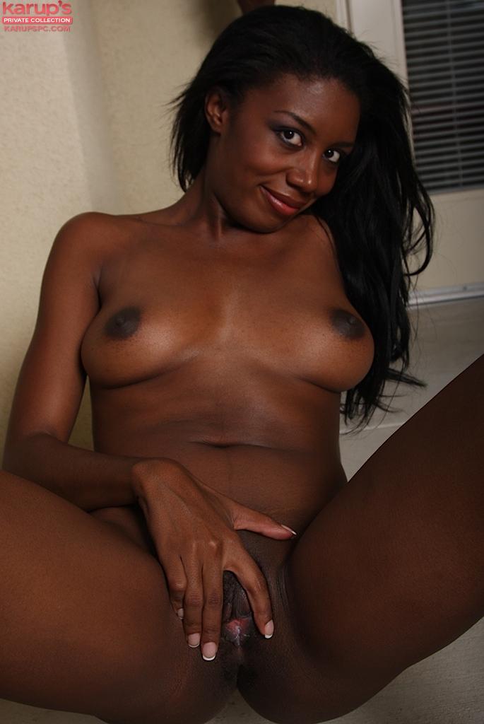 Happy Monica 18 nude horny sluts
